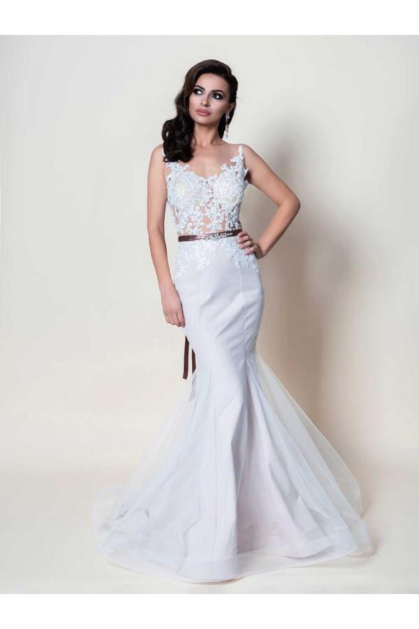 Дизайнерска булченска рокля Маб, подходяща за абитуренти, сватби и булки.