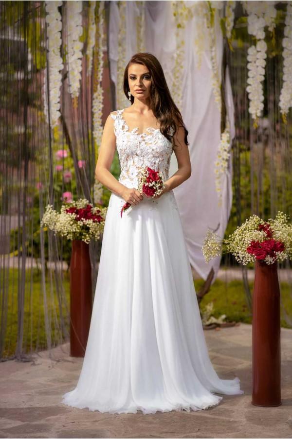 Дизайнерска рокля Мая, подходяща за абитуренти, сватби и булки.