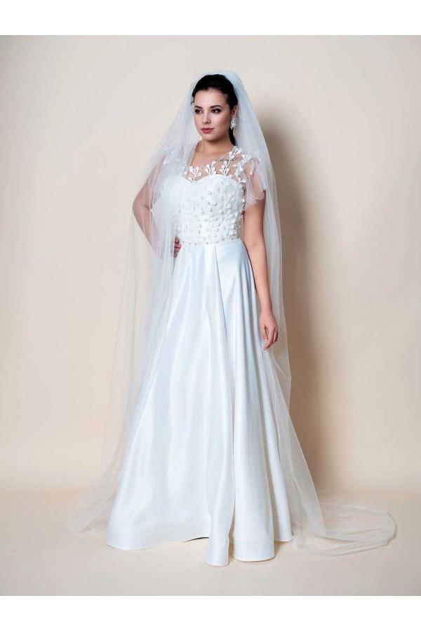 Дизайнерска рокля Мира, подходяща за абитуренти, сватби и булки.