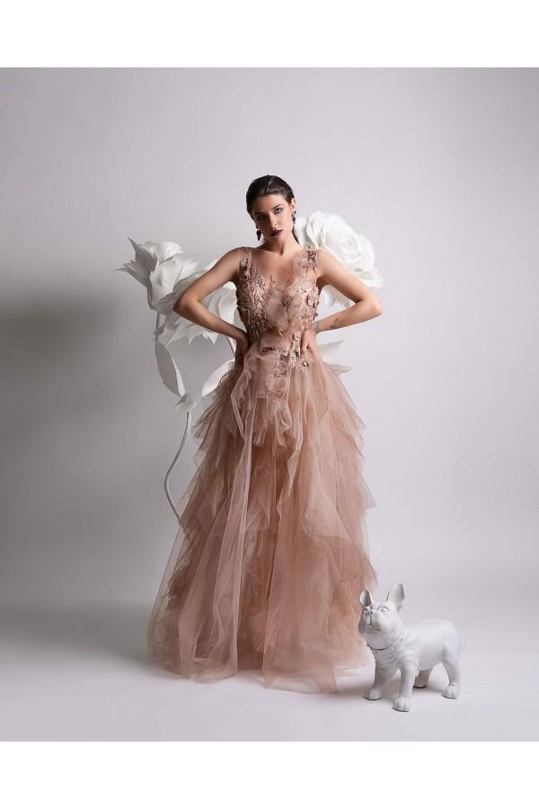 Дизайнерска елегантна абитуриентска рокля Фиона, подходяща за абитуренти, сватби и булки.